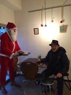 Santa at Tom Smoothie