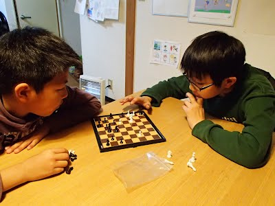 Chess at a-ok-english.com 高知 高知英会話